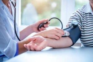 Het eten van eiwitten voor een lage bloeddruk