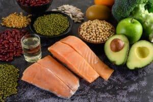 Eiwitshakes kopen of eiwitrijke voeding eten