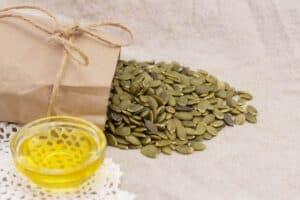 Vitamine B3 informatie over voeding zoals zonnebloempitten