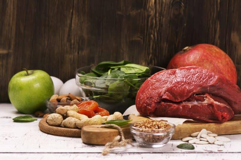 Natuurlijke ijzerrijke voeding voor aanvullen spoorelement