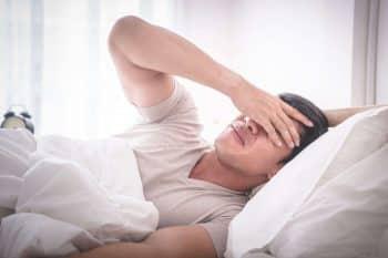 hoofdpijn bij het slapen kan door meerdere oorzaken ontstaan