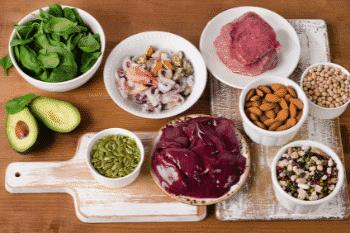 zink in voeding rood vlees en schelpdieren