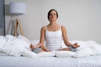 mediteren werkt goed samen met nachtrust voedingssupplement